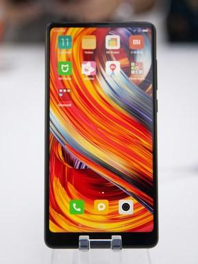 Nhẫn nhịn 2 năm bị gọi là tấm gương xấu, kẻ thất bại, Xiaomi âm thầm xây dựng chiến lược mới thành công rực rỡ, sắp vượt cả Apple mà chẳng ai hay! - Ảnh 1.