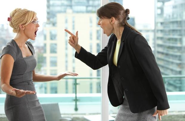 Làm sao một cô cậu học trò nói chuyện với người khác còn ngại mà có thể học được quản trị nhân sự?