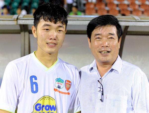 Lương Xuân Trường - Hành trình từ cậu bé tí hon cùng ước mơ với trái bóng tới người hùng thầm lặng của đội U23 Việt Nam - Ảnh 2.