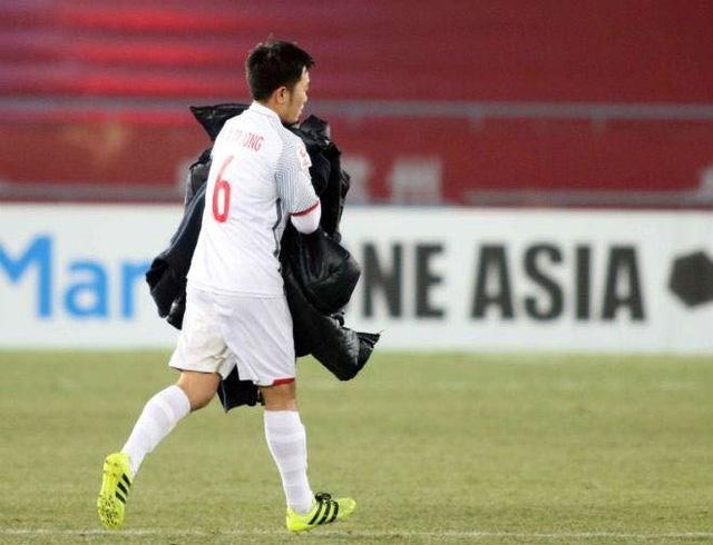 Lương Xuân Trường - Hành trình từ cậu bé tí hon cùng ước mơ với trái bóng tới người hùng thầm lặng của đội U23 Việt Nam - Ảnh 4.