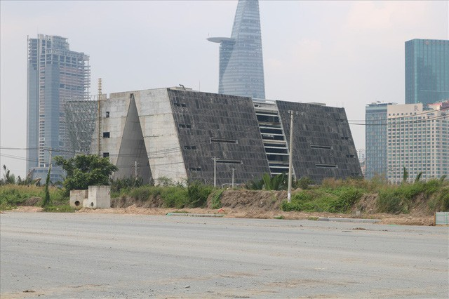 Soi khu đất dự kiến xây dựng nhà hát giao hưởng 1.500 tỷ đang gây tranh cãi - Ảnh 3.