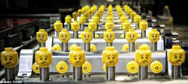 Bị dọa anh sắp bị đuổi việc vẫn kiên gan thuyết phục ban quản trị đại tu công ty, một nhân viên quèn được bổ nhiệm CEO và đưa Lego thoát khỏi vực phá sản đầy ngoạn mục - Ảnh 1.