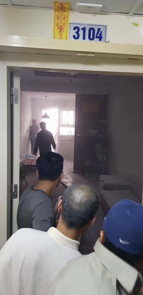Lửa bốc cháy dữ dội trong căn hộ chung cư HH Linh Đàm, Hà Nội - Ảnh 5.