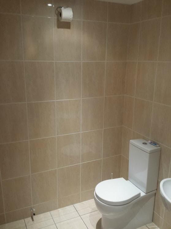 Chùm ảnh: Muôn hình vạn trạng những nhà vệ sinh có thiết kế xứng đáng được trao danh hiệu tệ nhất quả đất - Ảnh 13.