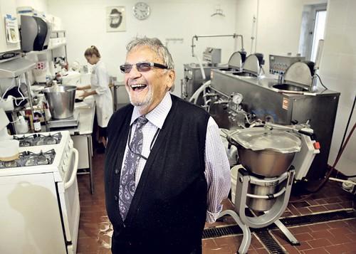 9 năm mất ngủ, doanh nhân Do Thái mới tìm ra cách biến đậu hũ thành kem Tofutti không sữa nổi tiếng nhất thế giới, mang về hàng chục triệu USD cho công ty chỉ với 15 nhân viên - Ảnh 1.