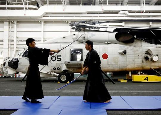 Tàu sân bay… sạch nhất thế giới - Ảnh 4.