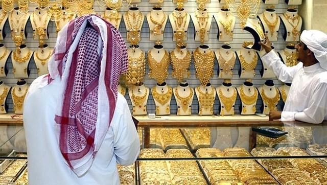 Choáng ngợp trước chợ vàng lớn nhất thế giới ở Dubai - Ảnh 8.