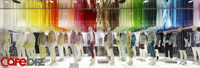 Bí mật về nghề hot kiếm bộn tiền, ít người biết khi Zara, H&M... đổ bộ, cửa hàng thời trang mọc lên như nấm tại Việt Nam - Ảnh 3.