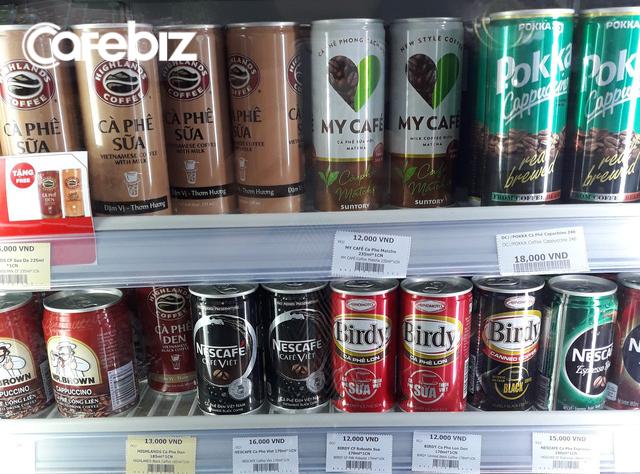 Đại gia Coca-Cola nhảy vào thị trường cà phê lon tại Việt Nam: Ít đường, ít béo hơn Highlands, không pha đậu nành như Nescafé, giá ngang ngửa cà phê lon của Pepsico và Ajinomoto - Ảnh 1.