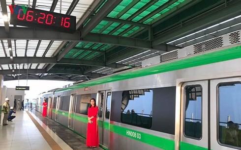 Gần 700 người vận hành 13km đường sắt Cát Linh-Hà Đông, nhiều hay ít? - Ảnh 1.