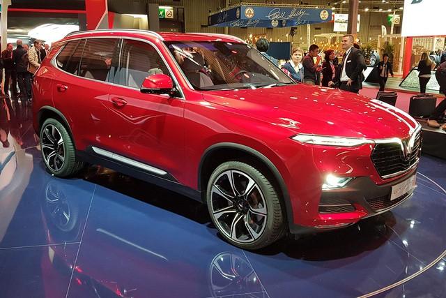 vinfast - photo 2 1540085852644477588304 - Miễn thuế nhập khẩu ô tô châu Âu: Giá xe giảm sốc, VinFast cũng hưởng lợi?