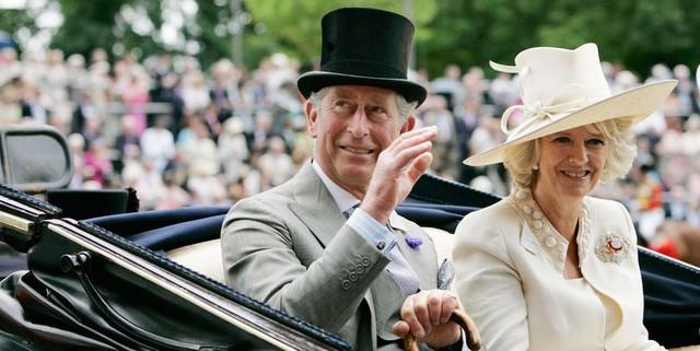 """thái tử charles và bà camilla - photo 5 15402909405711157764946 - Mối tình 48 năm đầy """"thị phi"""" của Thái tử Charles và bà Camilla: Tưởng viên mãn nhưng lại có kết cục cay đắng không ngờ"""