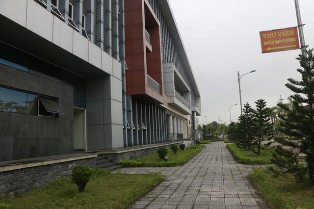 Cận cảnh bên trong nhà hát 117 tỉ đồng đắp chiếu ở Hà Nội - Ảnh 14.