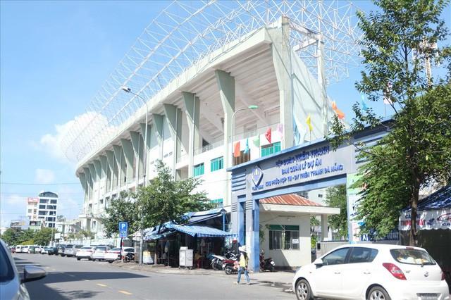 sân vận động chi lăng - photo 1 1540437619766585961617 - Sân vận động Chi Lăng hoang tàn sau gần 8 năm bán cho doanh nghiệp