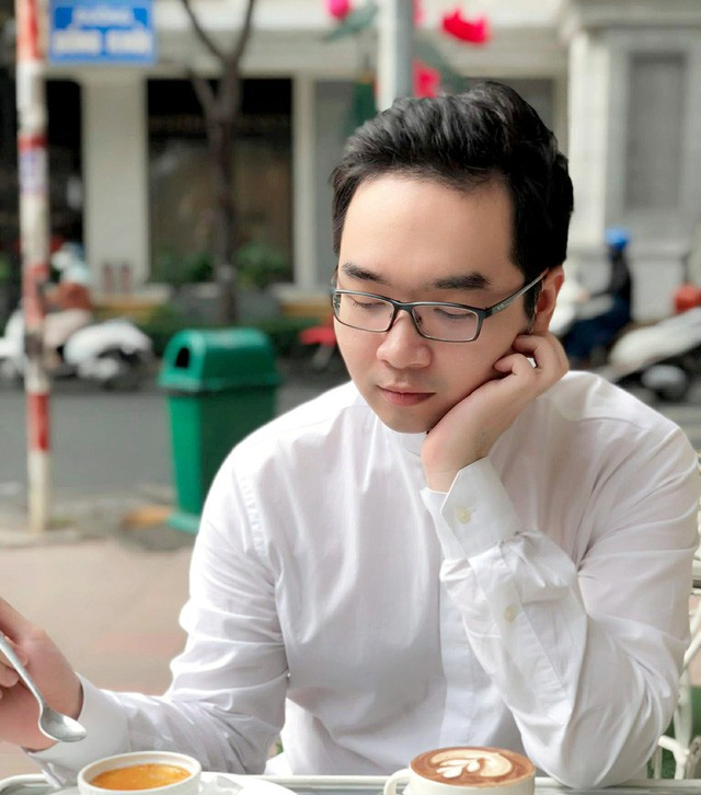 Khi du học sinh gây bão: Kẻ là người Việt đầu tiên làm việc cho cơ quan đầu não chính phủ Anh, người là tiến sĩ Việt trẻ nhất tại Stanford, Mỹ...  - Ảnh 1.