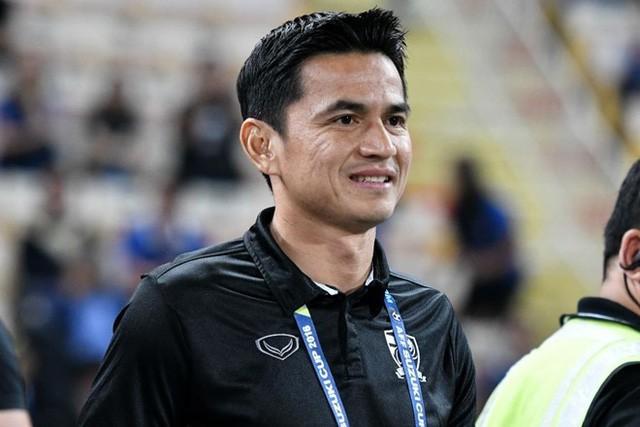 Kiatisak: Bóng đá Việt Nam chưa cần 10 năm đã sắp bằng Thái Lan - Ảnh 1.