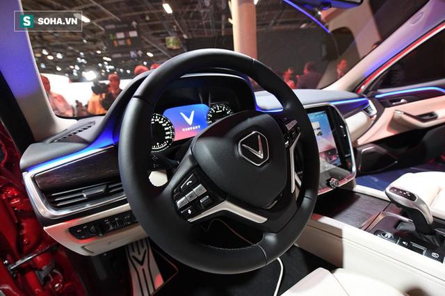 [Góc ấn tượng] Trải nghiệm toàn bộ sự kiện ra mắt xe VinFast qua bộ ảnh tuyệt đẹp từ Pháp - Ảnh 17.