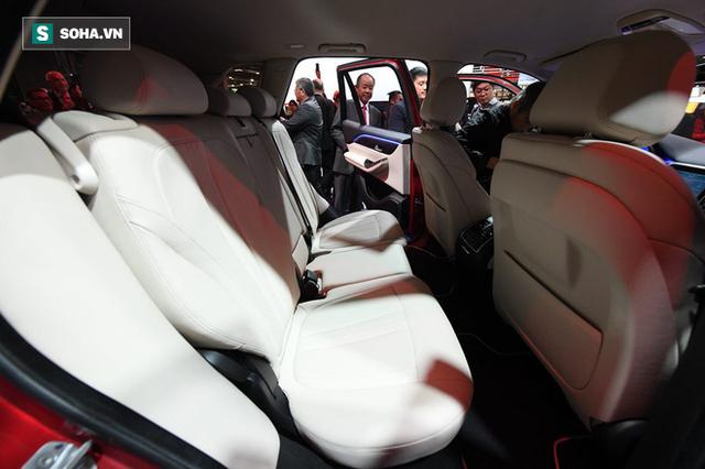 [Góc ấn tượng] Trải nghiệm toàn bộ sự kiện ra mắt xe VinFast qua bộ ảnh tuyệt đẹp từ Pháp - Ảnh 18.
