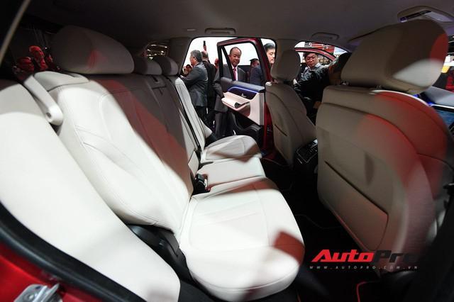 Hàng ghế thứ 3 tiết lộ VinFast LUX SA2.0 không phải SUV 7 chỗ thực sự  - Ảnh 3.