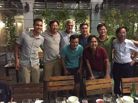 """aff cup 2008 - photo 4 15409804611911931114840 - """"Vị thánh sống"""" từng giúp ĐT Việt Nam lên ngôi AFF Cup 2008 giờ đang làm gì?"""