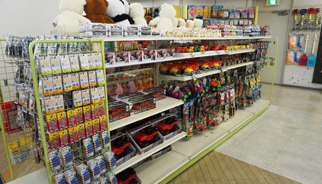 Cửa hàng Daiso 100 yên 7 tầng lớn nhất Nhật Bản có gì đặc biệt? - Ảnh 24.