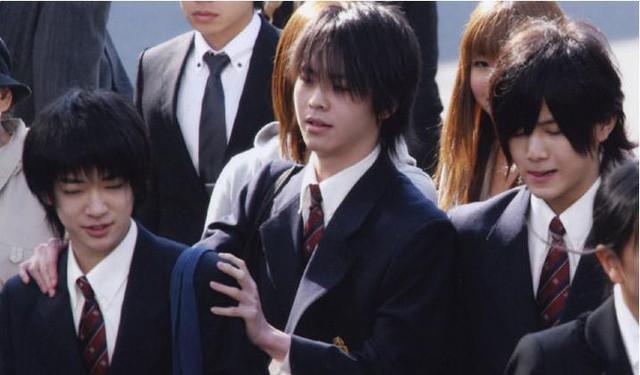 Ngôi trường chỉ dành cho con nhà siêu giàu hoặc giới siêu sao ở Nhật với loạt nội quy khắt khe không giống ai - Ảnh 6.