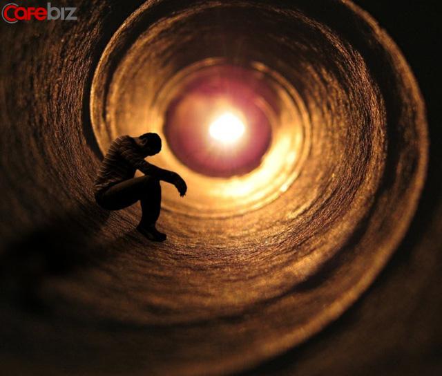 Thành công bắt nguồn từ khả năng kiểm soát các cuộc độc thoại ẩn giấu bên trong con người: 7 bài tập giúp tinh thần bạn trở nên mạnh mẽ - Ảnh 1.