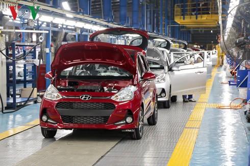 Vì sao giá xe bốn bánh sản xuất trong nước vẫn cao hơn xe nhập khẩu từ ASEAN? - Ảnh 3.