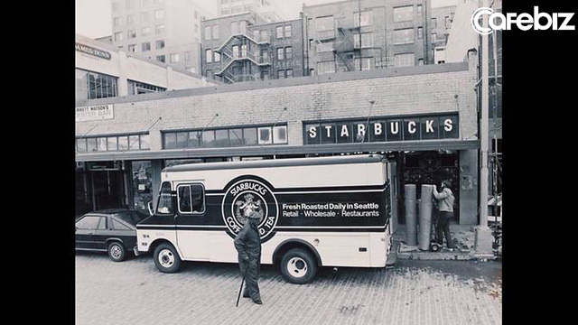 Quán sau ăn thịt quán trước, đuổi khách bằng đồ take-away, Starbucks đã từng đánh mất linh hồn, rồi trở lại ngôi vương đầy ngoạn mục như thế nào? - Ảnh 2.