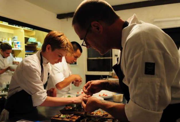 Chân dung soái ca làng ẩm thực từng được tạp chí Time vinh danh hai lần: Sở hữu cả 1 nhà hàng ở tuổi 19! - Ảnh 7.