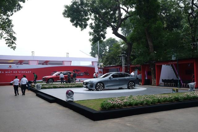vinfast - photo 1 15426901078341913761272 - Cận cảnh 5 ô tô VinFast không nguỵ trang trước giờ ra mắt