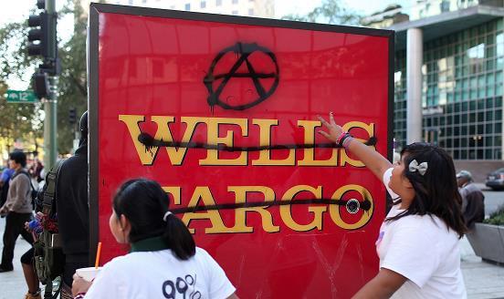 Bị ép doanh số như bã mía, nhân viên Wells Fargo đã tạo hơn 3,5 triệu tài khoản giả mạo, khiến 5.300 người bị sa thải, cty bị phạt 185 triệu USD - Ảnh 6.