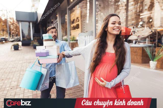 """[Marketing thời 4.0] Khi trung tâm thương mại """"phát giác"""" nữ sinh có thai trước cả… cha của cô gái - Ảnh 2."""