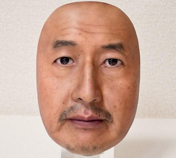 Công ty Nhật Bản này đang thường ngày tạo ra những chiếc mặt nạ 3D chân thật đến đáng sợ - Ảnh 9.
