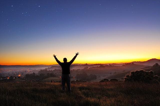 """Không muốn bị rơi vào hoàn cảnh """"càng hy vọng lắm, càng thất vọng nhiều"""" thì phải thuộc lòng 6 điều dưới đây: Nên nhớ đừng trông mong, phụ thuộc bất cứ điều gì vào người khác! - Ảnh 1."""