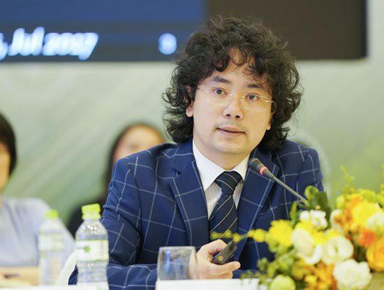 Tiến sĩ Tạ Hải Tùng: Xe điện muốn trở thành xu hướng tiêu dùng phải có hệ sinh thái, VinFast đang đi theo hướng này - Ảnh 2.