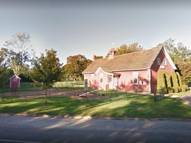 Bên trong ngôi làng toàn dinh thự triệu đô ở Mỹ - Ảnh 11.
