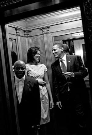 'Tôi muốn tất cả mọi thứ': Trích đoạn cuốn hồi ký có tốc độ tiêu thụ nhanh nhất 2018 của bà Michelle Obama