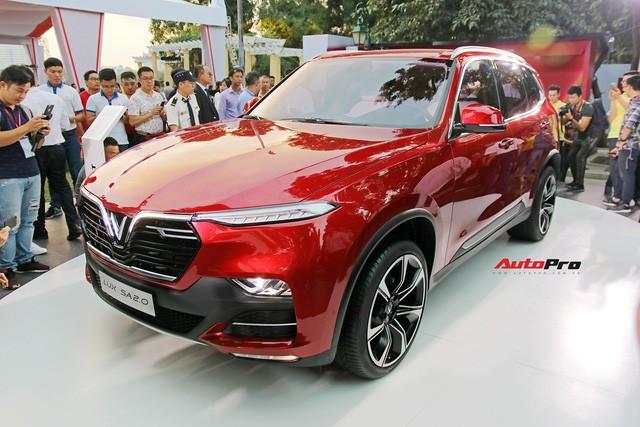 """Khách Việt mất thêm 300 triệu nếu mua mẫu sedan, SUV VinFast """"full option"""" - Ảnh 6."""
