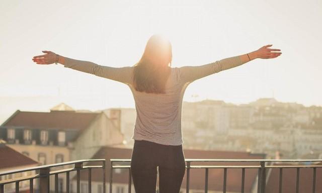 Sức khỏe chính là sự giàu có: Cách chăm sóc sức khỏe bản thân để tạo ra hiệu quả trong công việc và hạnh phúc trong cuộc sống - Ảnh 2.