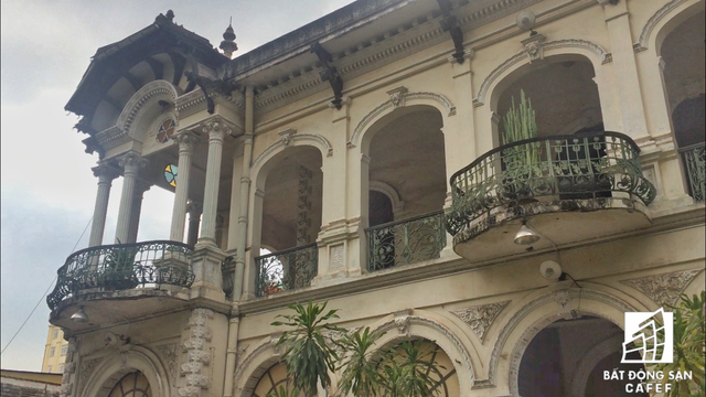 Cận cảnh căn biệt thự cổ gần 100 năm trị giá 35 triệu USD tại Sài Gòn, vừa được đề xuất đưa vào danh mục phải trùng tu hoàn toàn  - Ảnh 2.