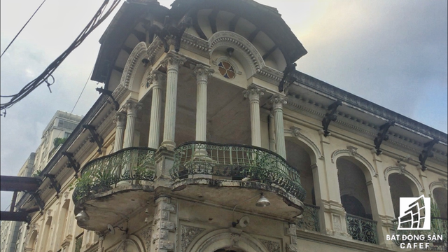Cận cảnh căn biệt thự cổ gần 100 năm trị giá 35 triệu USD tại Sài Gòn, vừa được đề xuất đưa vào danh mục phải trùng tu hoàn toàn  - Ảnh 3.