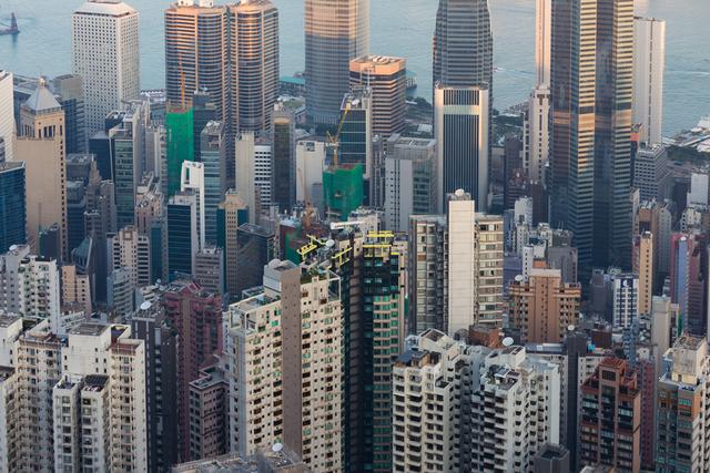 Giá nhà ở Hồng Kông có thể giảm ít nhất 15% vào năm 2019 do chiến tranh thương mại  - Ảnh 1.