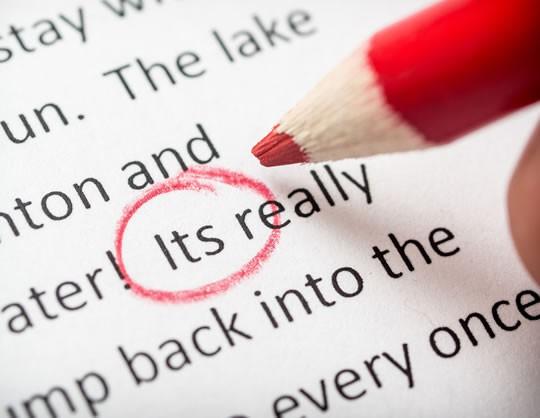 Nghiên cứu chỉ ra người hay săm soi lỗi chính tả thường có vấn đề về tính cách - Ảnh 1.