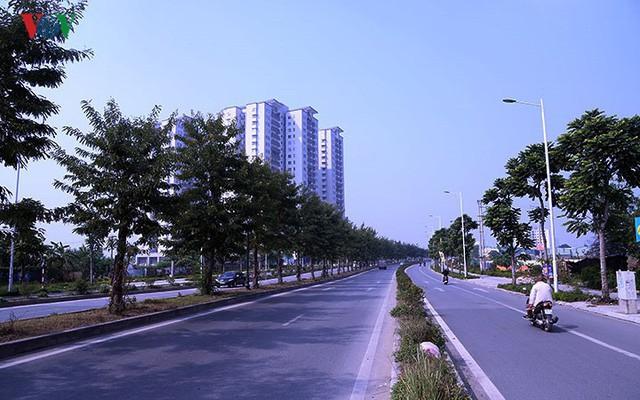 Cận cảnh phố 8 làn xe ở Hà Nội được đề xuất đặt tên Trịnh Văn Bô - Ảnh 4.