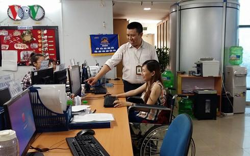 Doanh nhân Trần Mạnh Huy: Cách mạng 2.0, 3.0 nhiều DN Việt vẫn chưa làm được, những gì chúng ta gọi là 4.0 thì người Nhật, người Đức đã làm chục năm trước đây rồi - Ảnh 1.