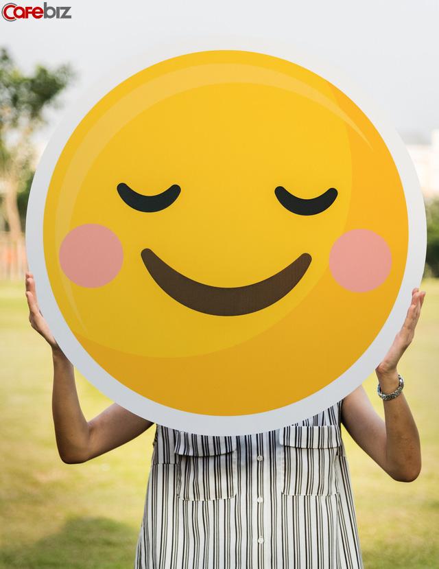 Muốn sống hạnh phúc và bớt nuối tiếc những điều đã qua: Hãy làm 8 việc hết sức đơn giản này mỗi ngày - Ảnh 1.