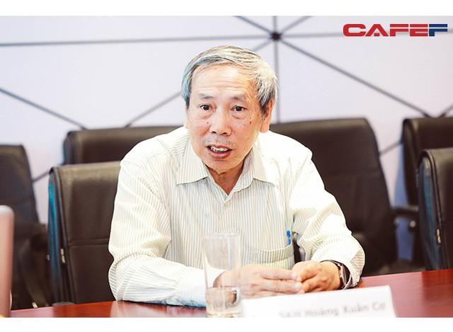 """GS.TS Hoàng Xuân Cơ: Xe điện là xu hướng nhưng chưa có tìm hiểu khẳng định """"xanh"""" hơn xe xăng - Ảnh 2."""