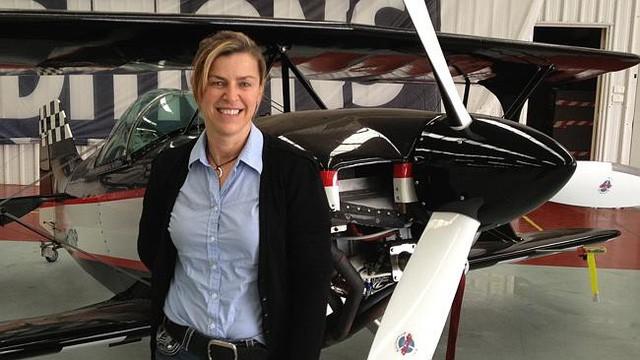 """Janine Shepherd: Người phụ nữ bị liệt đánh bại """"thần chết"""" để trở thành phi công - Ảnh 2."""