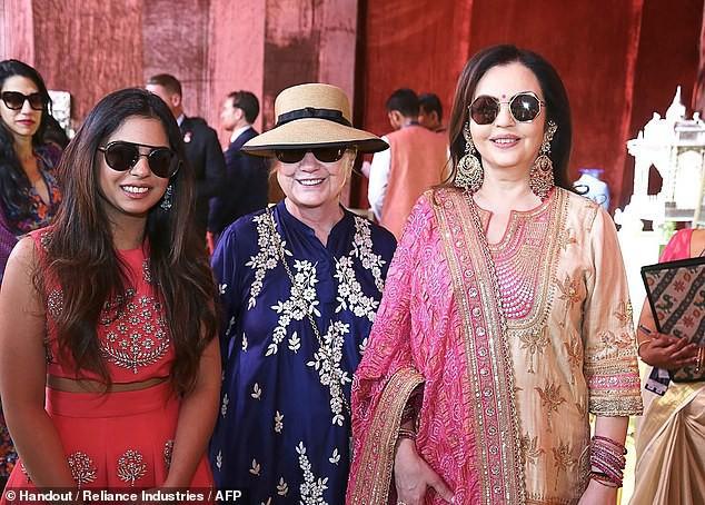 Đám cưới rich kid giàu nhất Ấn Độ: Dàn khách mời siêu khủng từ Hillary Clinton đến Beyonce đều có mặt  - Ảnh 3.